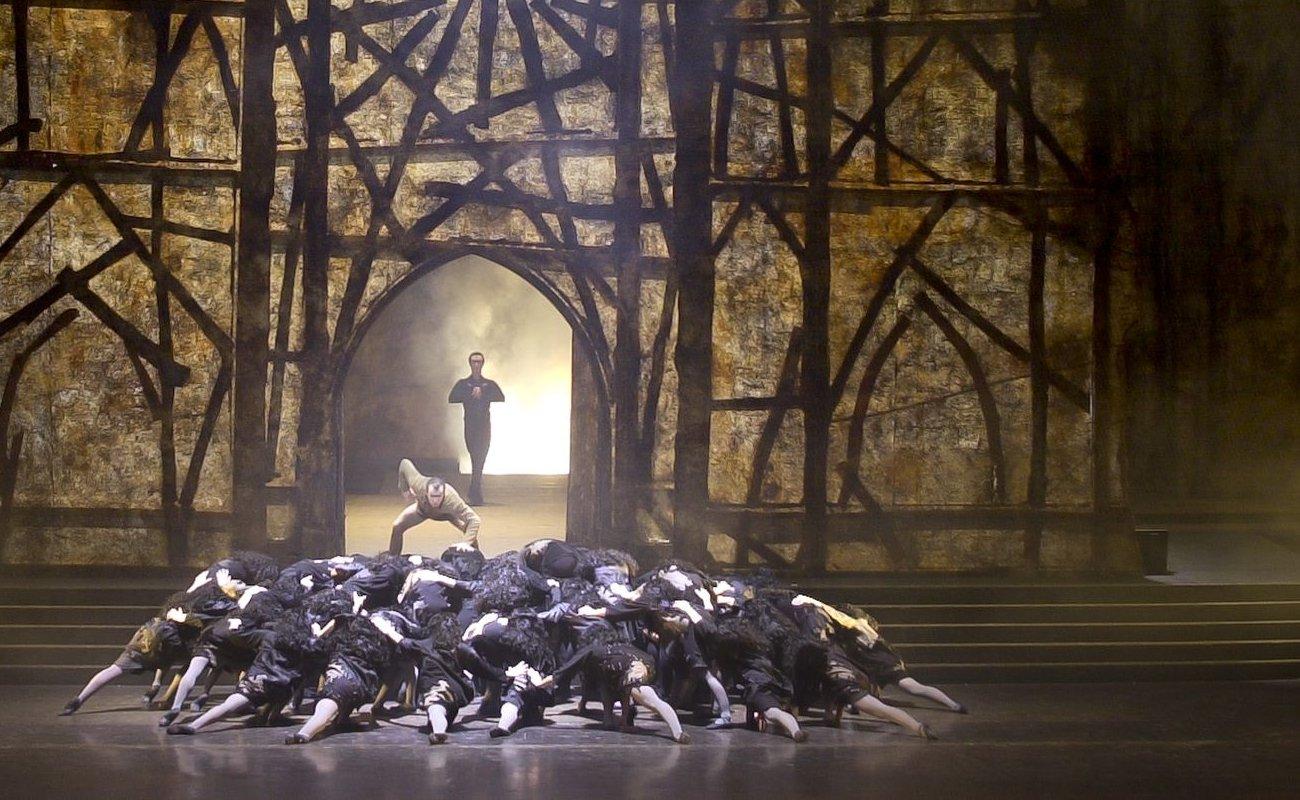 En attendant Notre Dame de Paris