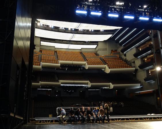 La salle vue de la scène