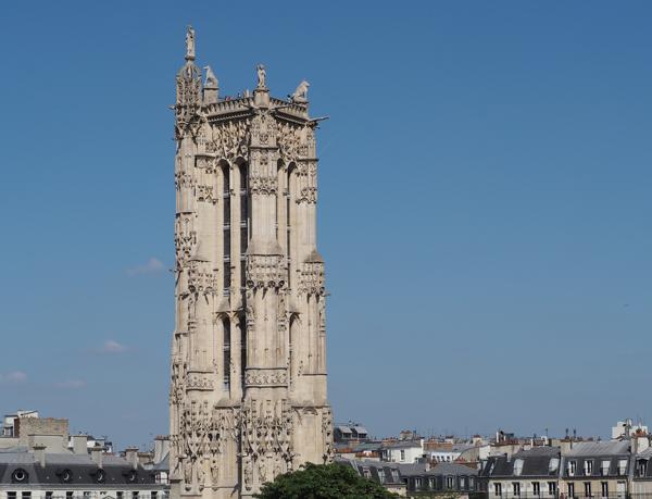 La Tour Saint-Jacques depuis le Théâtre du Châtelet