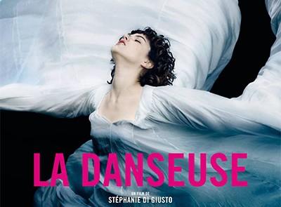 La Danseuse : la vie de Loïe Fuller portée à l'écran