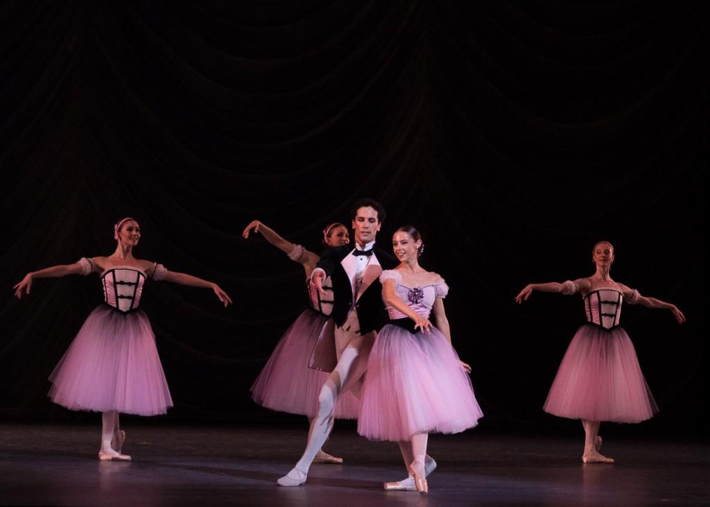 La vie en rose avec Marion Barbeau et Stéphane Bullion