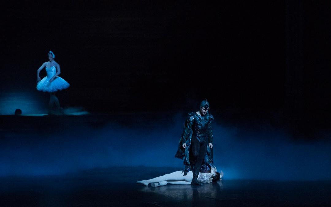 Le Lac des Cygnes – Albisson/Ganio/Alu (08, 11 et 14 décembre)